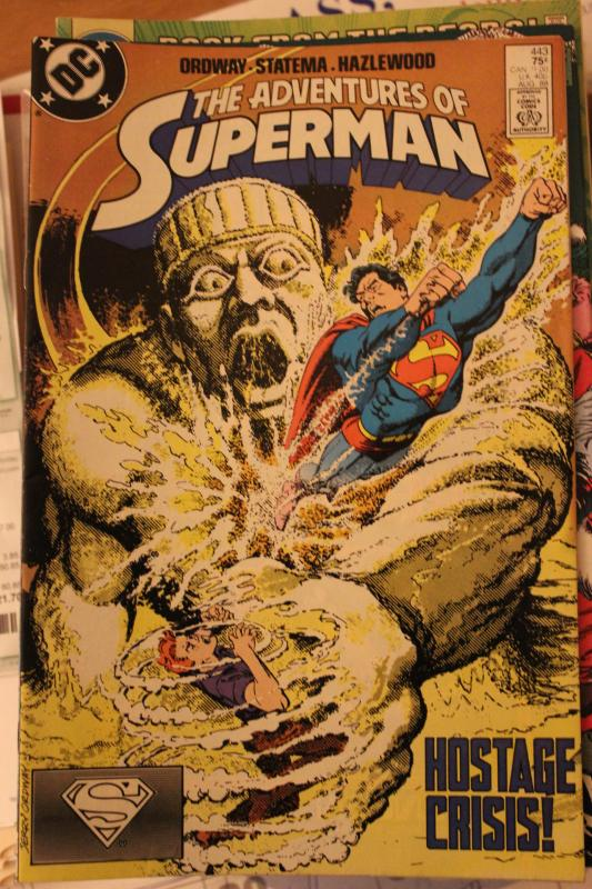 Adventures of Superman 443 FN/VF
