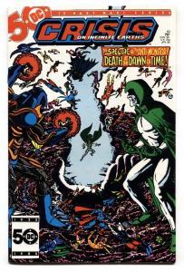 CRISIS ON INFINITE EARTH #10 comic book 1986- Wolfman- Perez- NM-