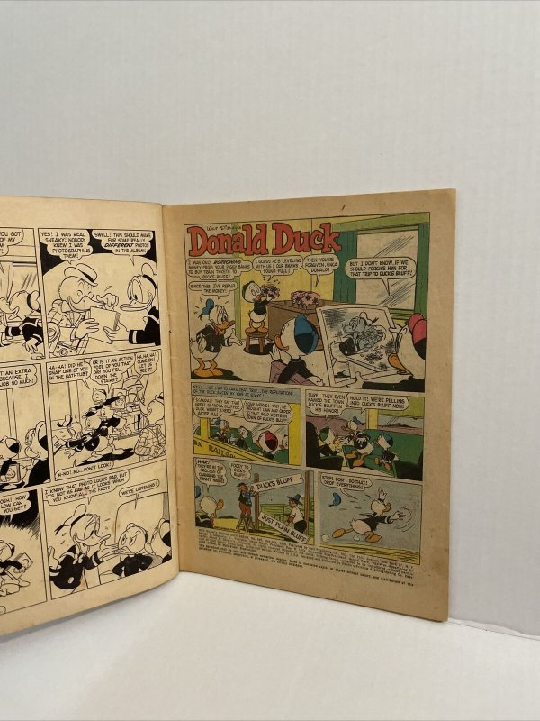 Walt Disney's Donald Duck Album #995