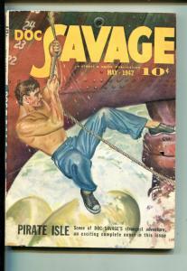 DOC SAVAGE 05/1942-STREET & SMITH-PIRATE ISLE-vf