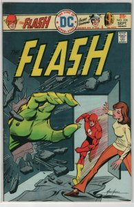 Bronze Age Flash Comics #236 6.0 Fine condition Mike Grell Cover 1974