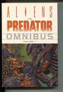 Aliens vs. Predator Omnibus-Vol. 1-Randy Stradley-TPB-trade