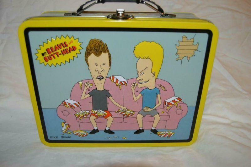 MTV - BEAVIS and BUTTHEAD Lunch Box Stash Metal on couch 2011, new out of case
