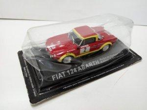 Coche Escala/Scale Diecast Car: FIAT 124 ABARTH - R.Pinto (Portugal 1974)