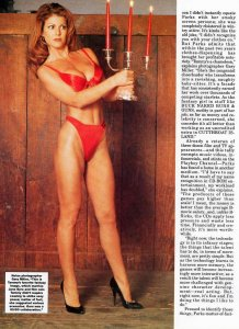 Femme Fatales Magazine  1996   Pamela Anderson Cover & 10 Page Story : Barb Wire