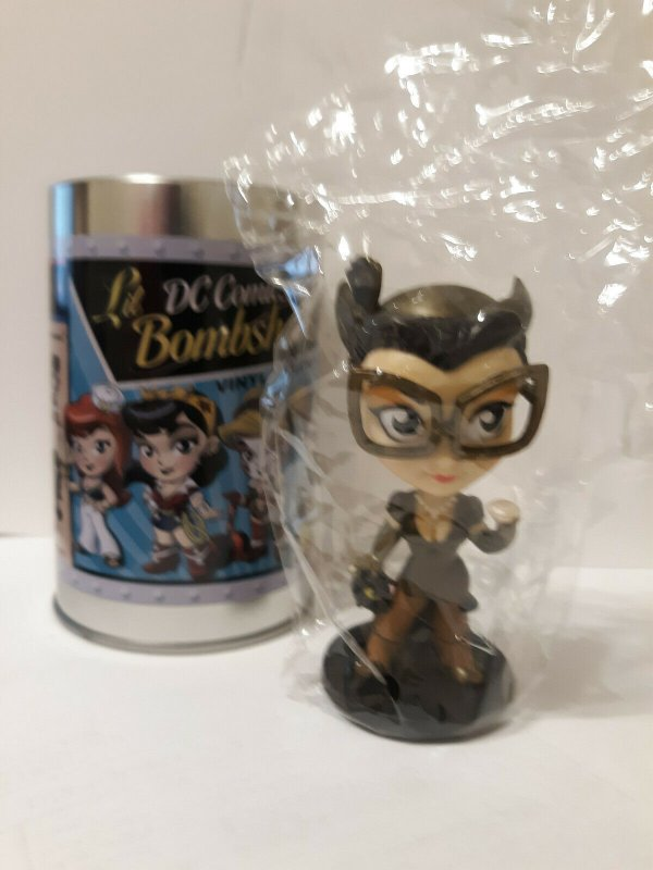 Catwoman DC Comics Lil Bombshells Vinyl Figure - NEW