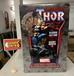 Marvel The Mighty Thor Classic Action Version Painted Statue See Description