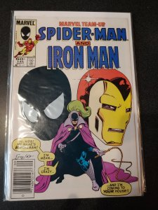 Marvel Team-Up #145 EARLY BLACK COSTUME APPEARANCE. HIGH GRADE VF/NM