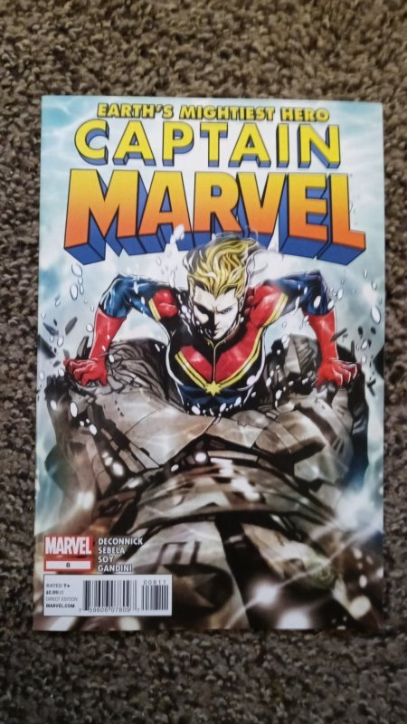 Captain Marvel #8 (2013) VF-NM