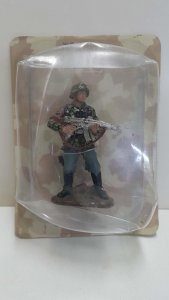 Figura de PVC: Figura soldado Waffen-SS Schutze. Unos 7 cm de alto