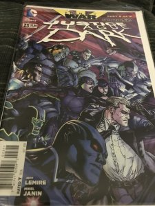 DC justice League Dark #23 The New 52 Mint