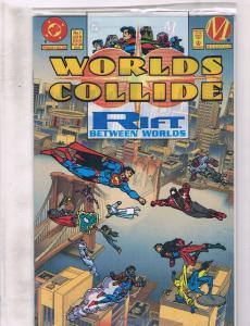 3 DC Comics World's Collide # 1 Superman The Wedding Album # 1 Doomsday # 1 J204