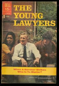 YOUNG LAWYERS #2 1971-DELL-LEE J COBB TV PHOTO COVER FN/VF