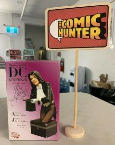 Women of The DC Universe Zatanna Bust Adam Hughes Limited Edition