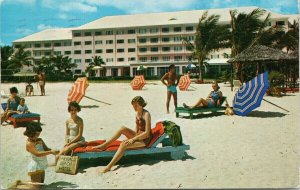 Emerald Beach Hotel Nassau Bahamas People Beach c1959 Postcard E88