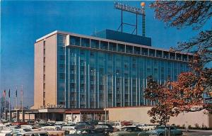 Portland Oregon~The Sheraton-Portland Hotel~Nice 1950s Cars~Parking Lot~Postcard