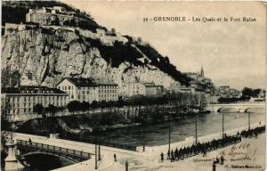 CPA Grenoble Les Quais et le Fort Rabot (685014)