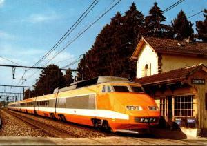 Switzerland Geneve Train a Grande Vitesse en gare de Cointrin
