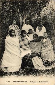 CPA Indigénes Sakalaves. MADAGASCAR (626176)