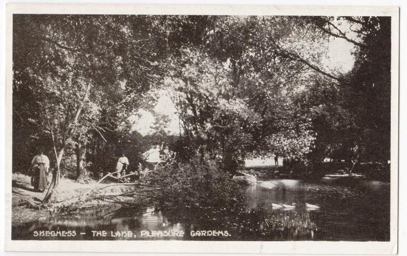 Lincolnshire; The Lake, Pleasure Gardens, Skegness PPC, Plain Back.