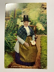 POSTED VINTAGE POSTCARD - WELSH LADY (KK1311)