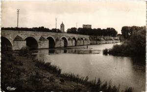 CPA BEAUGENCY Le Pont et la Loire (607411)