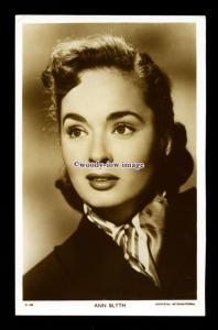 b6316 - Film Actress - Ann Blyth - postcard Picturegoer No.D.208