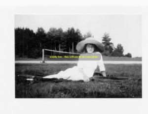 mm354 - Grand Duchess Anastasia Romanov in 1910 daughter last Czar -  photo 6x4