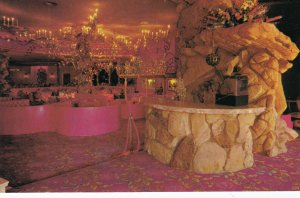 SAN LUIS OBISPO , California , 1950-60s ; Room , Gold Rush Dining