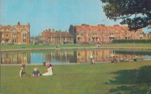 Model Boating Pool Littlehampton Out Of Focus Shaky Camera 1970s Postcard