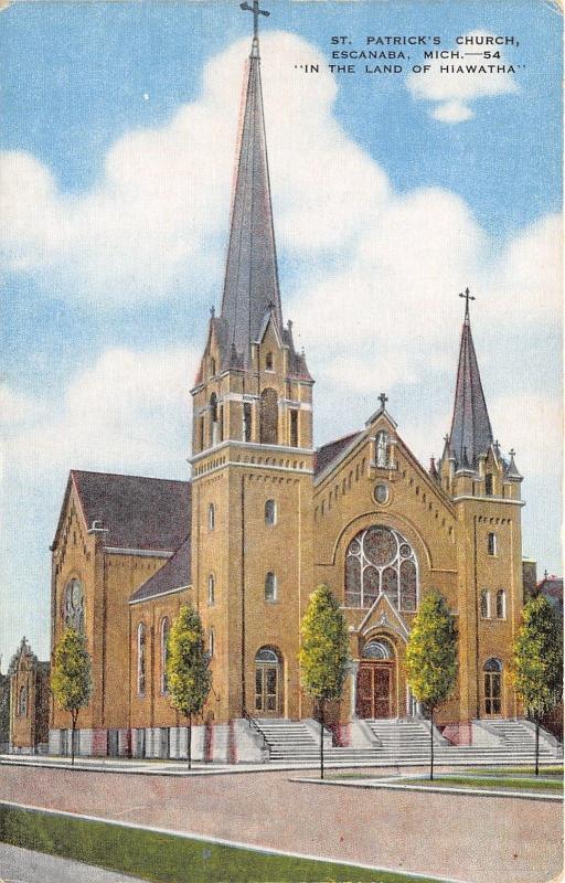 Escanaba Michigan~St Patrick's Church~Gothic Styl Building~1940s Postcard