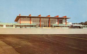 RI - Warwick. Theo. Francis Green State Airport, New Terminal Building in 1961