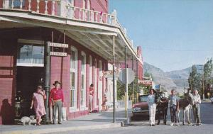 Street scene showing art gallery, an antique store and a museum in the old od...