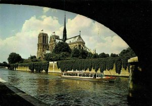 France Paris Notre Dame Les Vedettes du Pont Neuf Bridge Boat Postcard