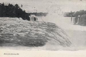 NIAGARA FALLS , Ontario , Canada , PU-1906; Brink of the American Falls