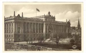 RP: Stockholm , Sweden , Riksdagshuset , 20-40s