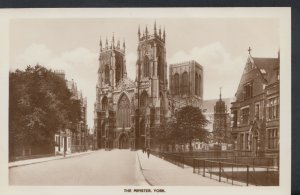 Yorkshire Postcard - The Minster, York      RS7569