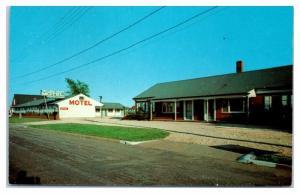 Broadway Court Motel, Point Pleasant Beach, NJ Postcard
