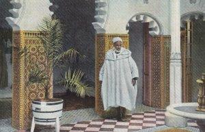 TANGER , morocco , 00-10s ; Patio de un capitalista arabe