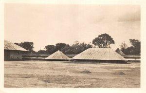 uk41981 les djehe du roi guezo musee d abomey dahomey africa hut