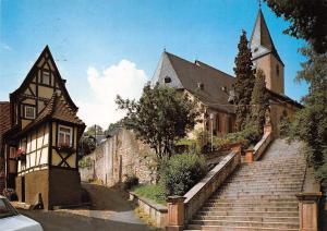 Bad Orb im Spessart Kleinstes Haus mit Pfarrkirche St Martin Church Eglise