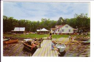 Bayview Private Park, People and Boats at Dock, Honey Harbour, Georgian Bay, ...
