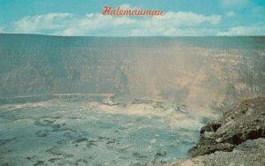 Halemaumau crater , Hawaii, 1940-1960s ; Volcano