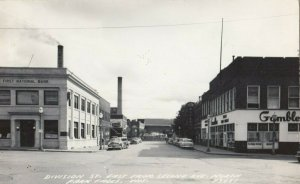 RP: NORTH PARK FALLS , Wisconsin, 1930-40s ; Division Street