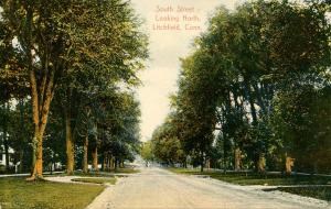 CT - Litchfield.  South Street looking North