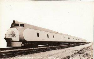 RP: PORTLAND, Oregon, 1930s ; Streamliner Train City of PORTLAND