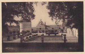 France Chateau de Cheverney Les Communs