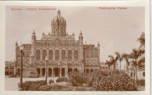 RP: HAVANA , Cuba , 00-10s ; Presidential Palace