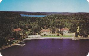 Braemar lodge , Lake Ellenwood , YARMOUTH , Nova Scotia , Canada , 40-60s