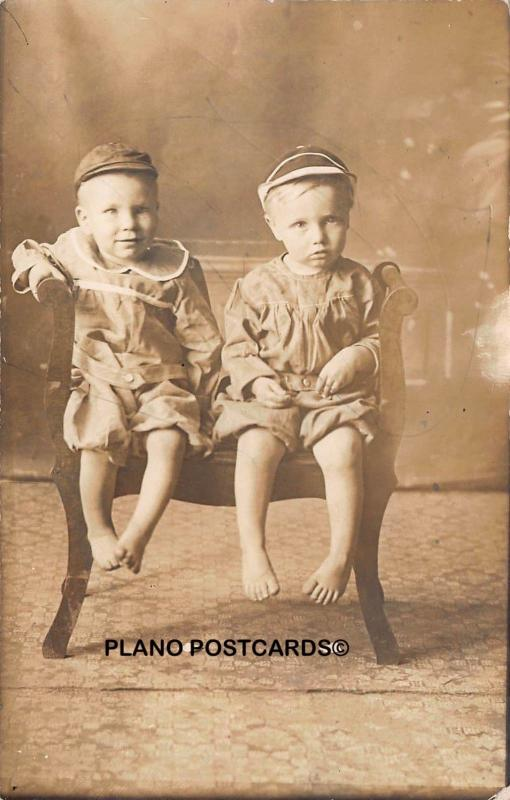 EARLY 1900'S TWINS RPPC REAL PHOTO POSTCARD